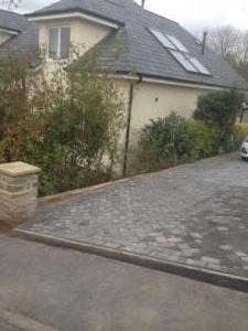 MD Paving example of driveway edging