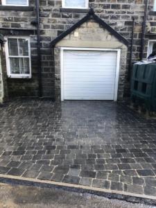 Sorrento stone driveway area Huby